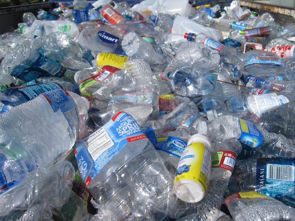 Reciclagem de plástico