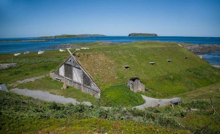 """Vikings já faziam casas com """"telhado verde"""