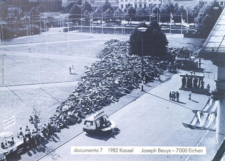 Joseph Beuys, 7000 carvalhos