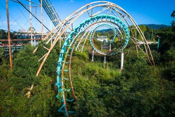 Parque de diversões abandonado no Japão