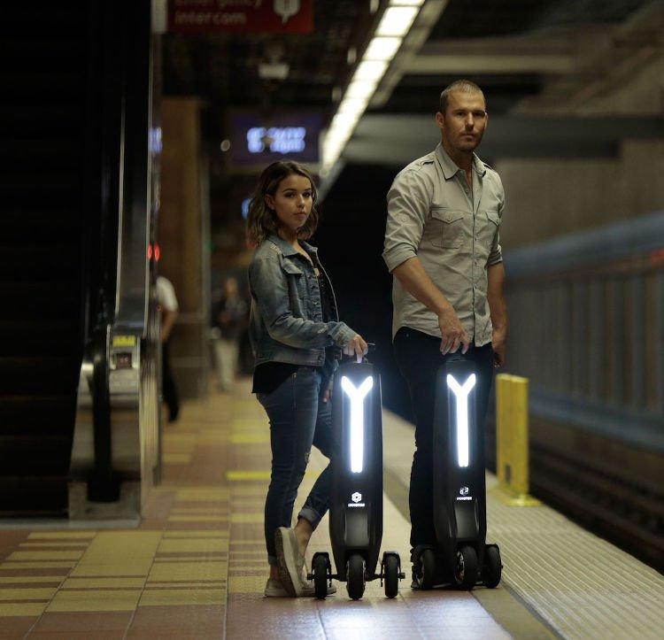 Mistura de scooter com patinete, Immotor GO