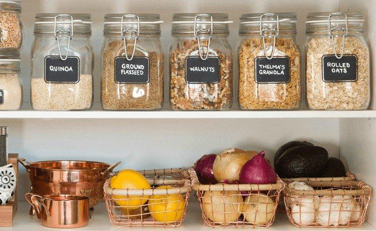 Cozinha sustentável: potes de vidro para produtos a granel