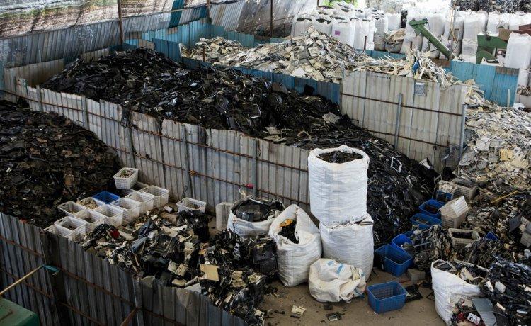 Lixo eletrônico na Tailândia