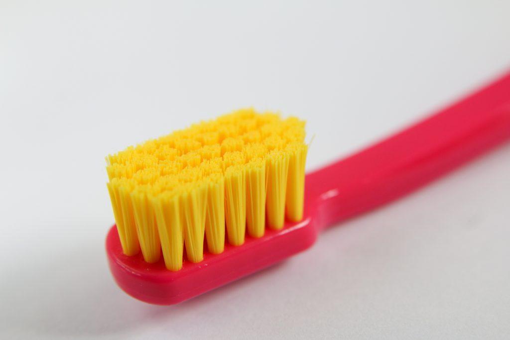 Pasta de dente sem flúor
