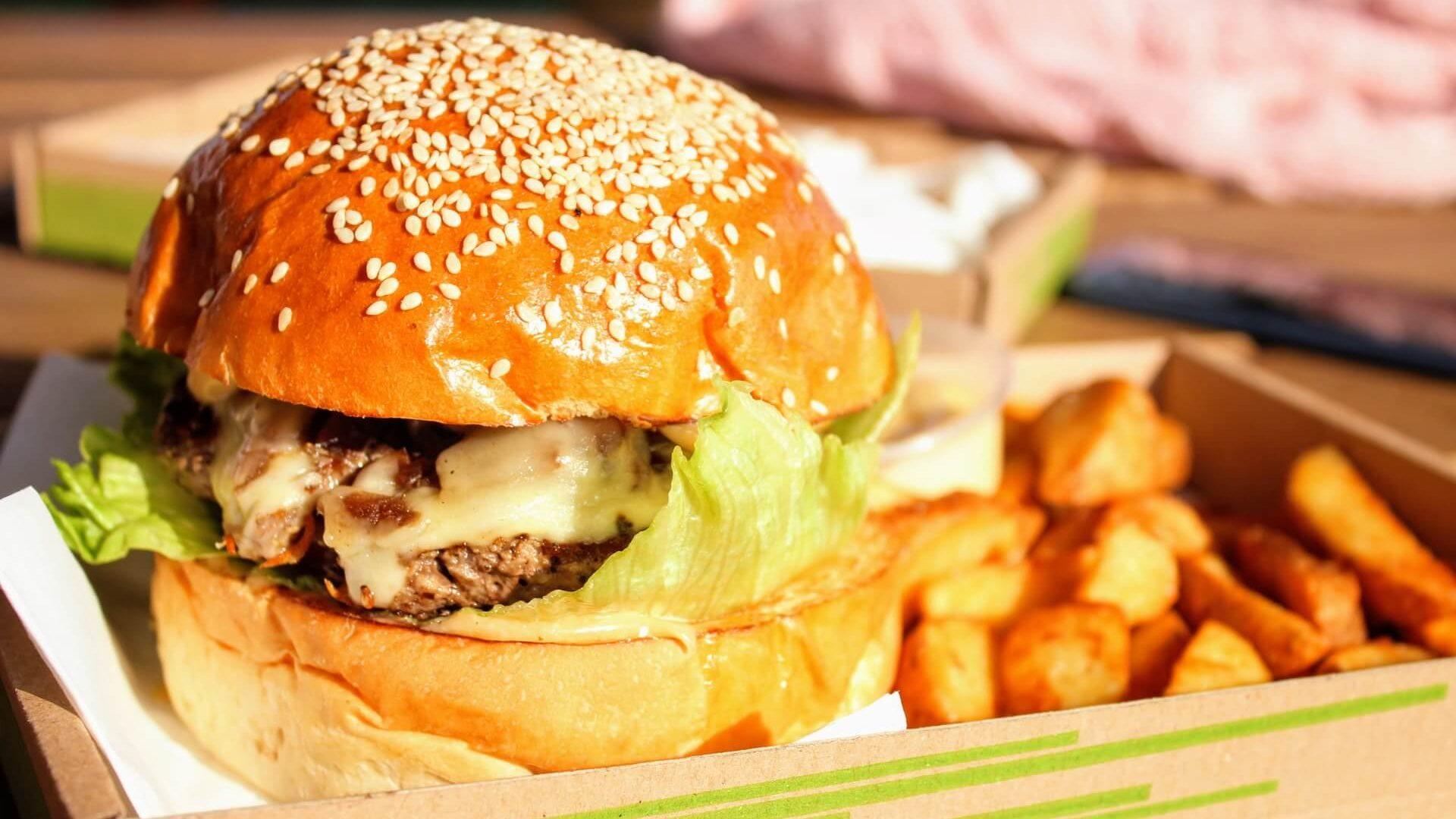 Alimentos que causam espinhas: Fast Food