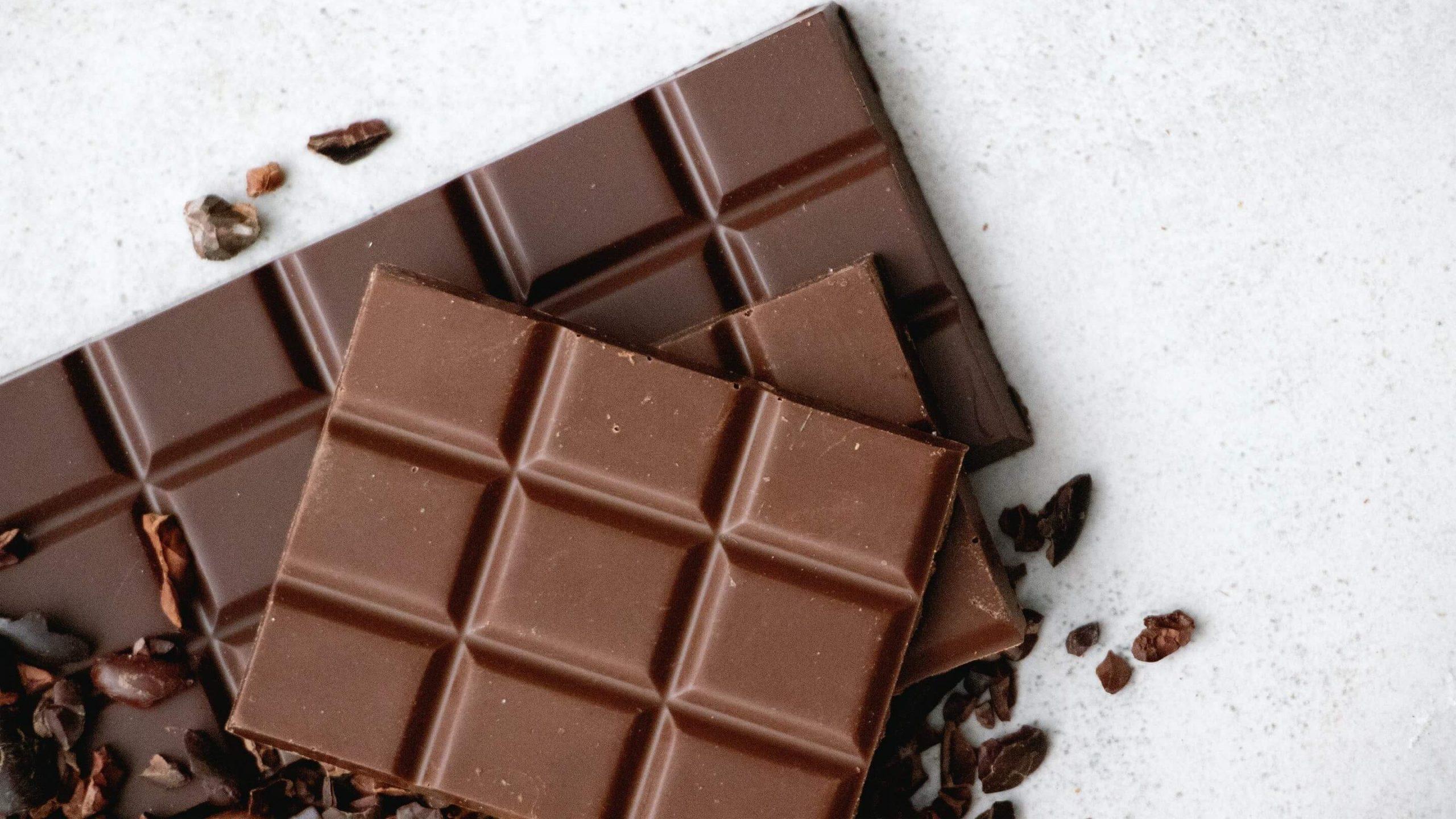 Alimentos que causam espinhas: chocolate